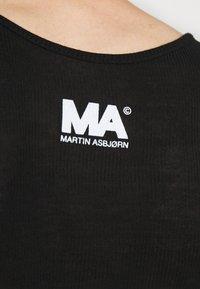 Martin Asbjørn - Top - black - 7