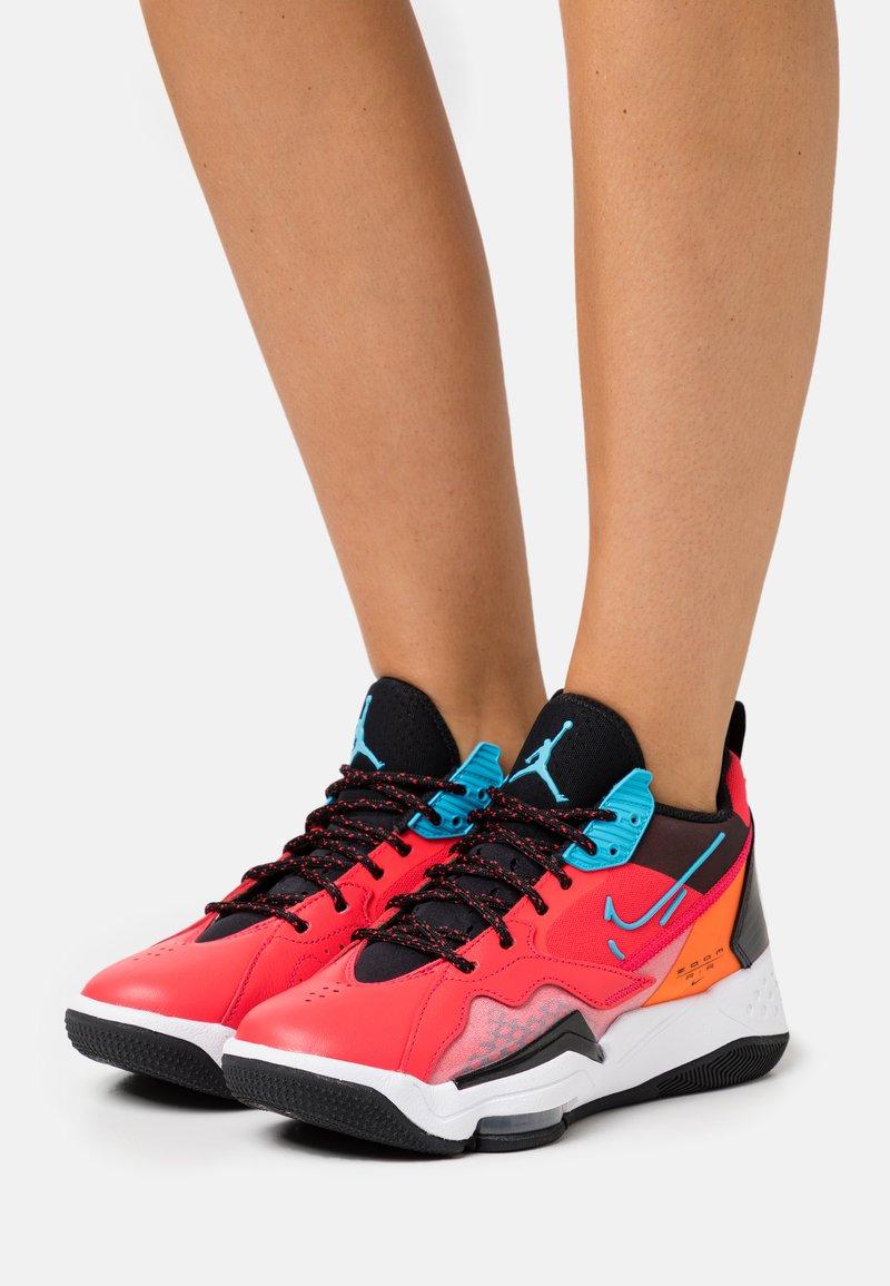 Jordan - ZOOM '92 - High-top trainers - siren red/blue fury/black/total orange