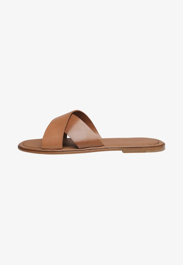 NO. 9111 MP - Mules - brown