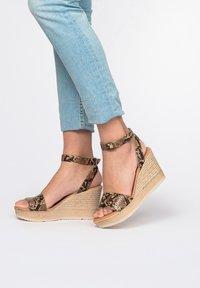Eva Lopez - High heeled sandals - 702 - 0