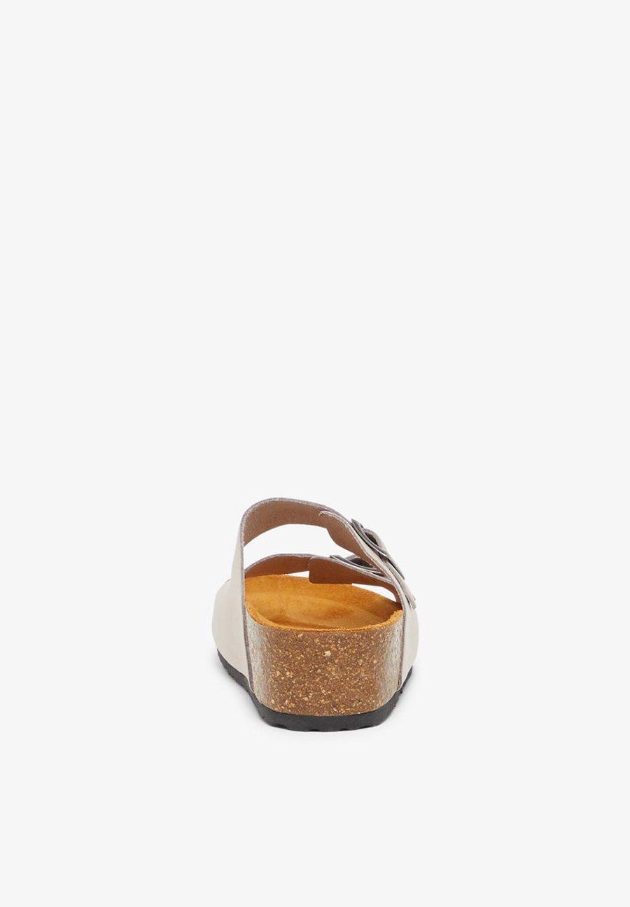 Bianco BIABETTY WEDGE BUCKLE Tofflor & inneskor brown