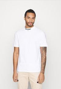 Sixth June - HIGH NECK TEE - T-shirt con stampa - white - 0