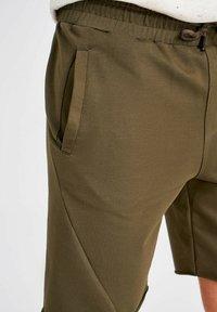 Trendyol - Shorts - green - 5
