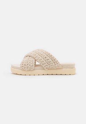 CROSS BRAIDED FOOTBED - Slip-ins - light beige