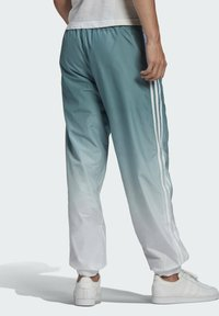 adidas Originals - ADICOLOR 3D TREFOIL 3-STRIPES OMBRÉ TRACKSUIT BOTTOMS - Tracksuit bottoms - white - 1