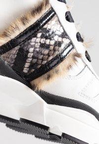 Maripé - Ankle boots - bianco/nero - 2