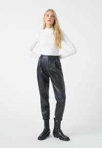 PULL&BEAR - Trousers - black - 1
