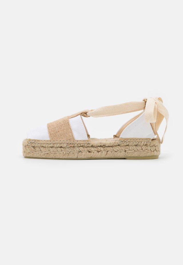 Espadrilles - off white