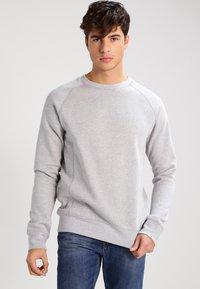 KIOMI - Sweatshirt - light grey melange - 0