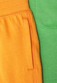 GAP - TODDLER BOY 2 PACK - Shortsit - mango - 3