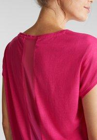 Esprit Sports - MIT NETZ-EINSATZ - Print T-shirt - pink fuchsia - 3