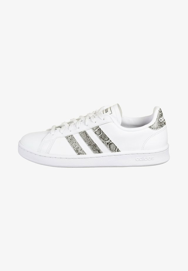 Baskets basses - footwear white  grey two core black