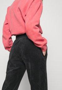 Nike Sportswear - PANT - Tracksuit bottoms - black - 4