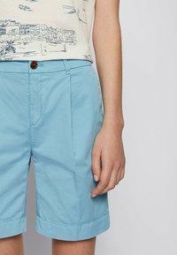 BOSS - TAGGIE - Shorts - light blue - 3