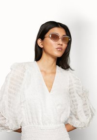 Dolce&Gabbana - Sunglasses - transparent/pink - 1