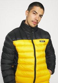 PARELLEX - HYPER JACKET - Light jacket - black/ mustard - 3