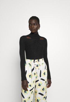 MAIA - Long sleeved top - black