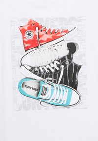 Converse - SHORT SLEEVE CHUCK TAYLOR GRAPHIC UNISEX - Camiseta estampada - white - 2