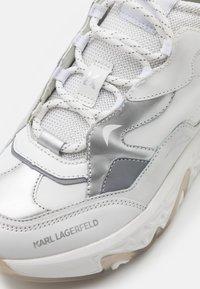 KARL LAGERFELD - BLAZE STRIKE LACE  - Sneakers laag - white/silver - 6