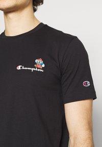 Champion Rochester - CREWNECK NINTENDO - Print T-shirt - black - 5