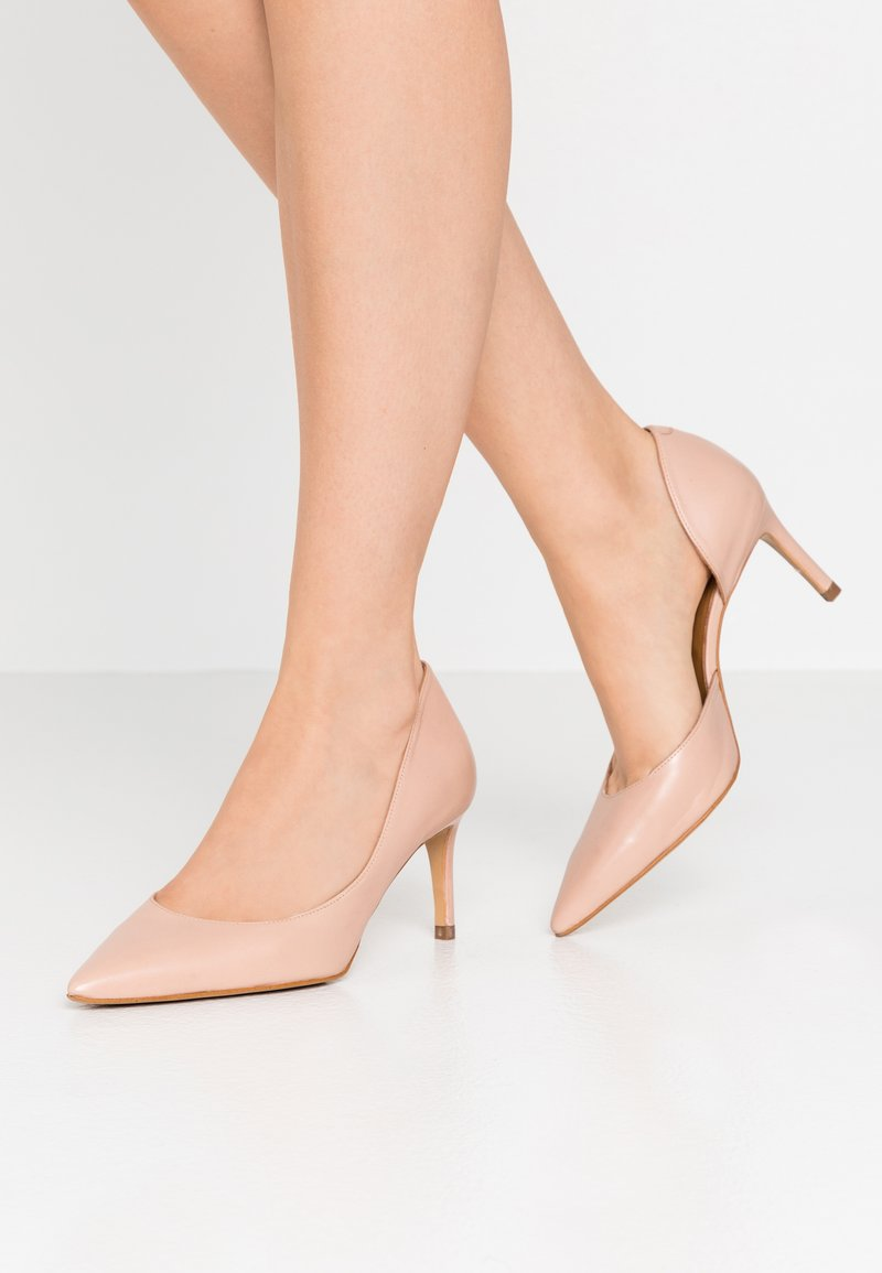 Billi Bi - Classic heels - nude