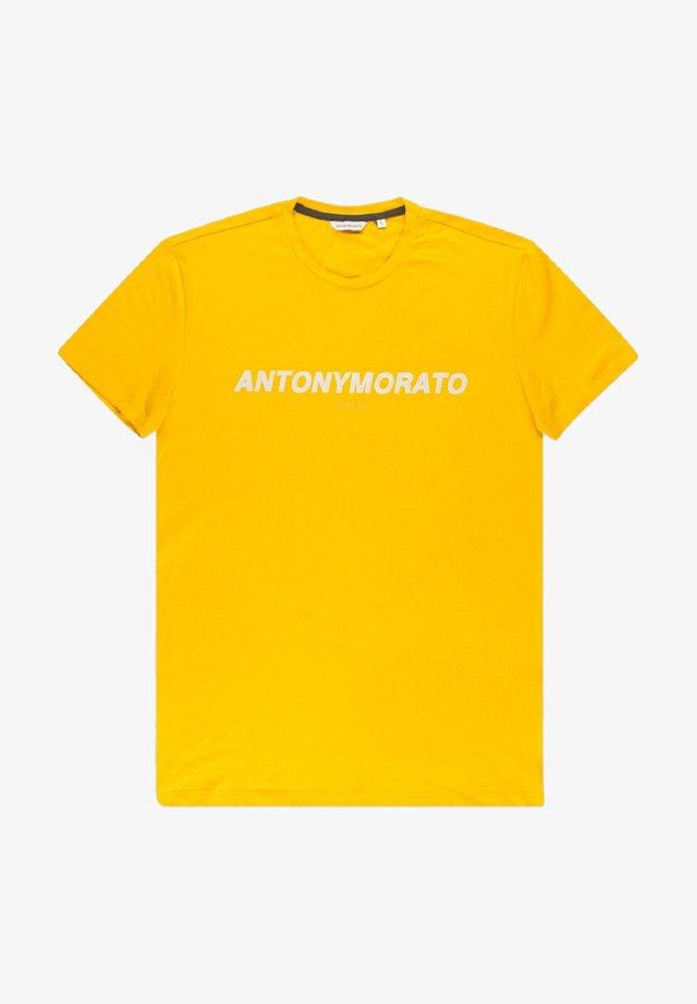 Camiseta estampada - gold