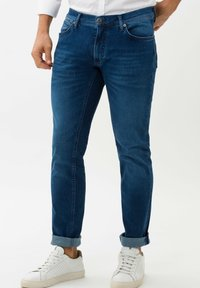 BRAX - CHUCK - Slim fit jeans - royal blue used - 0