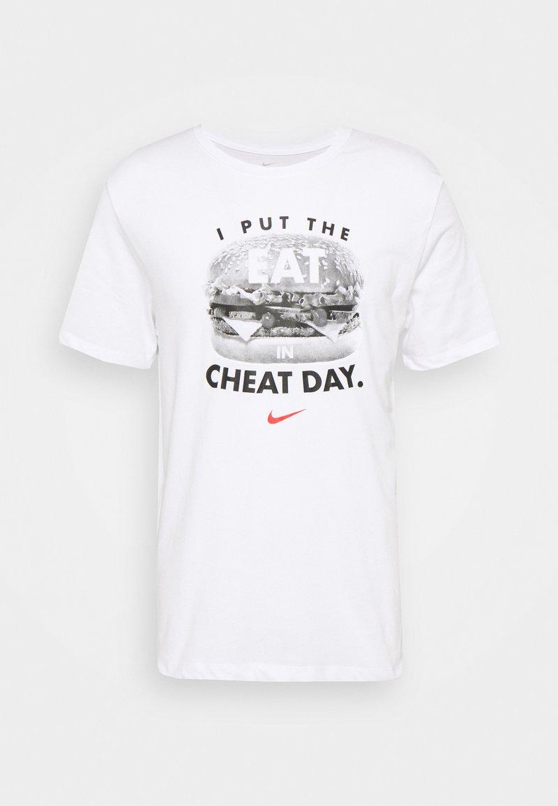 Nike Performance - TEE HUMOR - Print T-shirt - white