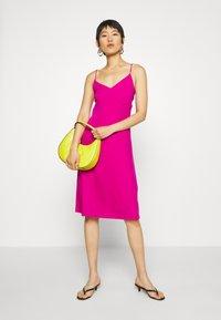 Banana Republic - STRAPPY SLIP - Jersey dress - bright sangria - 1