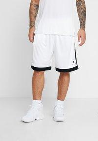 Jordan - FRANCHISE SHORT - Sportovní kraťasy - white/black - 0