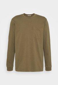 Nudie Jeans - RUDI - Langærmede T-shirts - army - 4