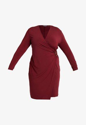 Sukienka etui - zinfandel dark red