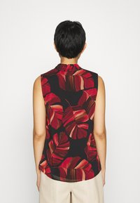 Betty & Co - Blouse - black/red - 2