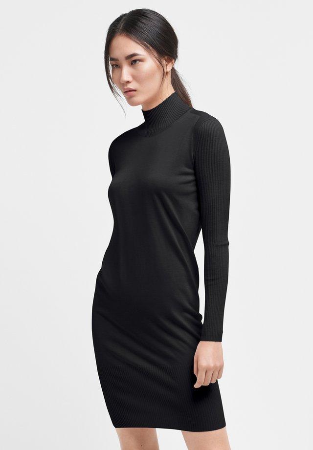 MONTANA - Robe fourreau - black