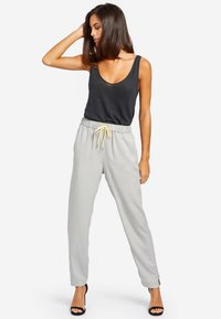 khujo - EVANGELIA - Trousers - grey - 1