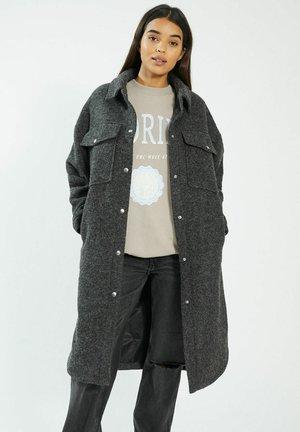 OVERSIZED - Winter coat - schwarz