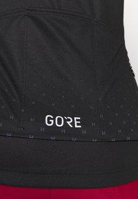 Gore Wear - HAKKA - T-Shirt print - black/graystone - 4