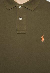 Polo Ralph Lauren - CUSTOM SLIM FIT MESH POLO - Polo shirt - defender green - 7