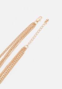 Pieces - PCSKIA COMBI NECKLACE - Necklace - gold-coloured - 1