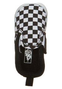 Vans - SLIP-ON V CRIB - Scarpe neonato - black/true white - 4
