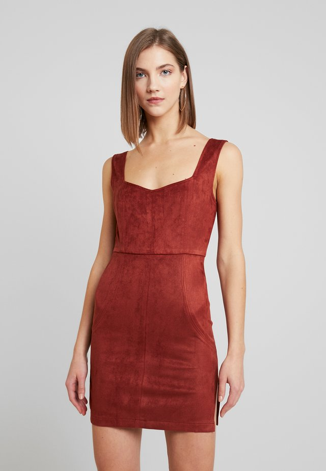 SLEEVELESS HEARTSHAPE MINI DRESS - Vestito estivo - rust