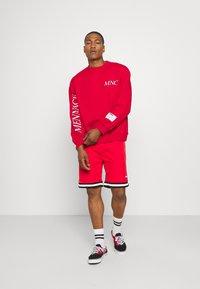 Mennace - COURTSIDE REGULAR - Sweatshirt - red - 1