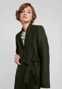 IVY & OAK - Classic coat - iris leaf - 3