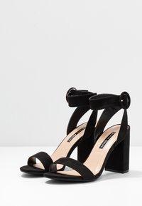 Dorothy Perkins - BLOCK  - Sandaler med høye hæler - black - 4