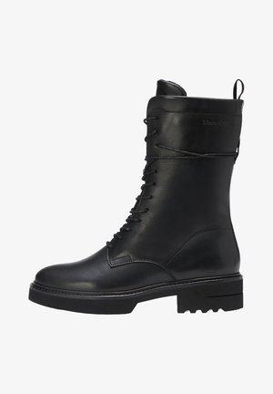 IN CLASSIC-CALF-QUALITÄT - Platform ankle boots - black