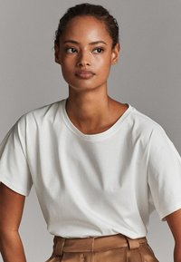 Massimo Dutti - T-shirt basique - white - 5