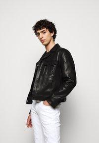 Just Cavalli - PANTALONE - Slim fit jeans - optical white - 4