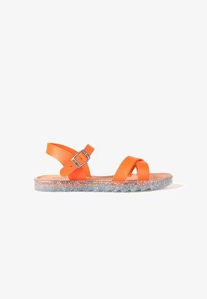 VEGAN LEA  - Sandalias - orange