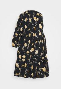Pieces Maternity - PCMGLYDA WRAP DRESS - Denní šaty - black - 1