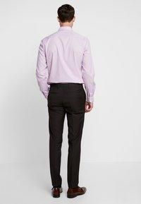 Tommy Hilfiger Tailored - SLIM FIT SUIT - Suit - brown - 5